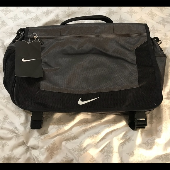41d7be25ab2 Nike Bags   Messengerlaptop Bag   Poshmark